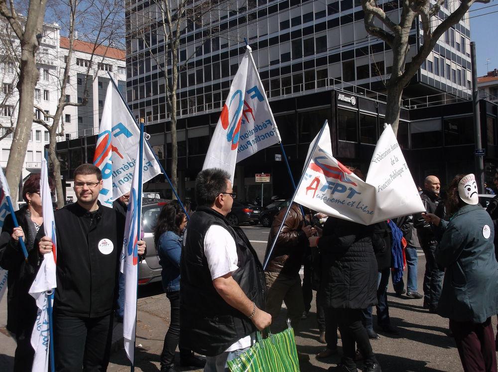 24 mars 2015 manifestation du grand lyon f d ration autonome de la fonction publique - Grilles indiciaires fpt 2015 ...